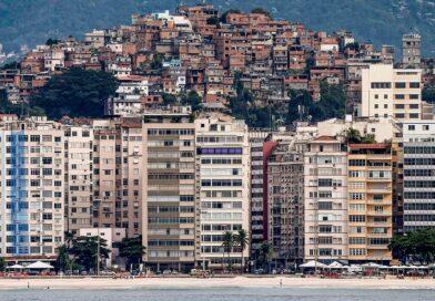 Pedro Fernando Nery: Desigualdade em V